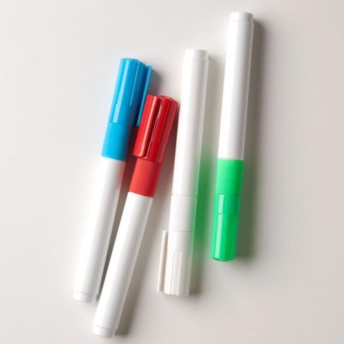 Universal 407MKE4 - Wet Erase Markers - Pack of 4