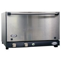 Cadco OV-013SS - Half Size - Stainless Steel Catering Convection Oven w/ Manual Control - 3 Shelves