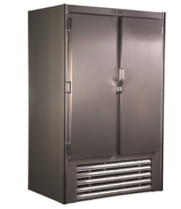 "Universal Coolers RIR54 - 54"" Swinging Solid Door Reach In Refrigerator"